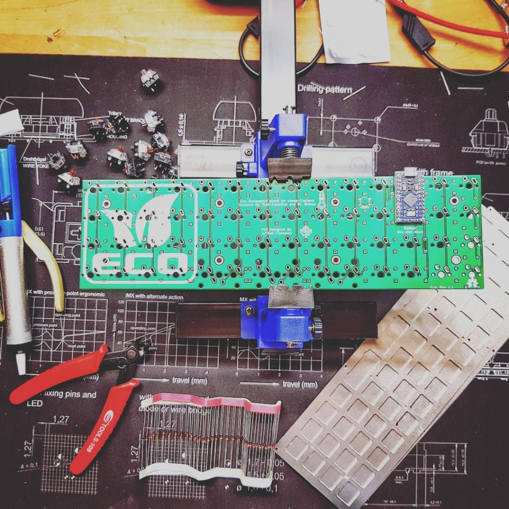 The ECO keyboard ready to be assembled in my workshop at home.